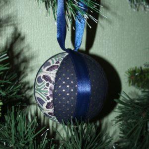 Boule de Noël en tissu 12cm